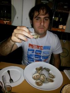 Porção generosa de ostras a R$ 20,00