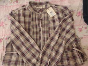 Vestido de manga comprida flanelado da Levi's, por R$ 20,00